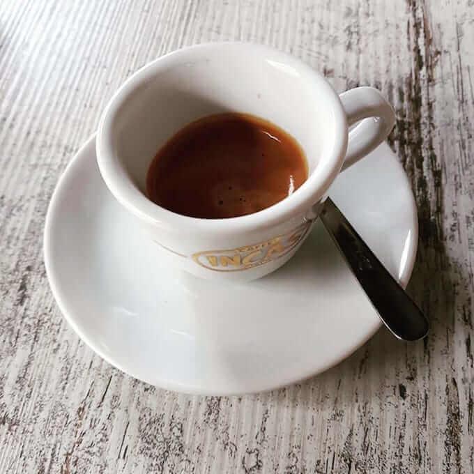 Il caffè del Bar Derby a Monza