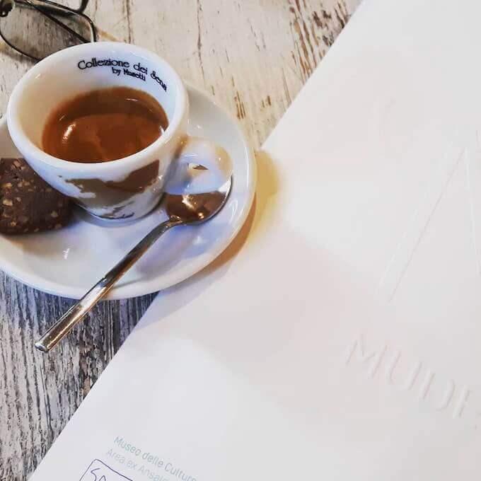 Il caffè del ristorante Barart Bistrot a Milano