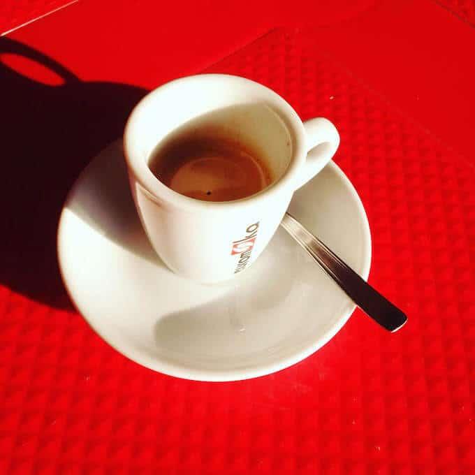 il caffè del bar Baret a Osio Sopra