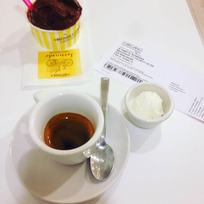 il caffè della caffetteria Le Botteghe di Leonardo a Milano