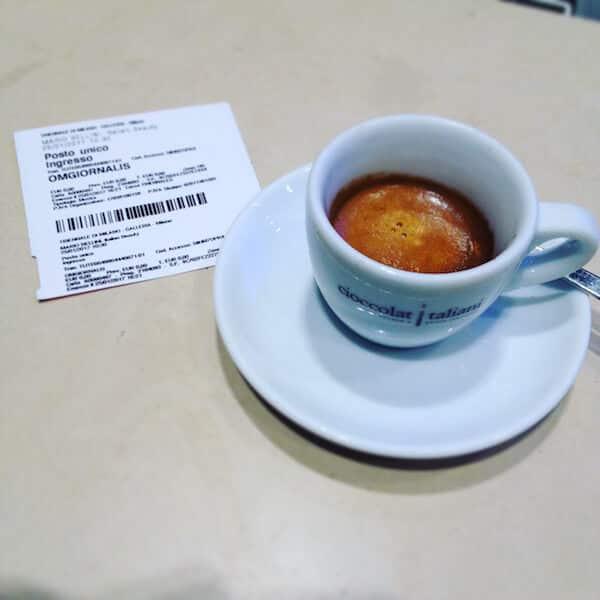il caffè di Cioccolati Italiani alla Stazione Cadorna di Milano