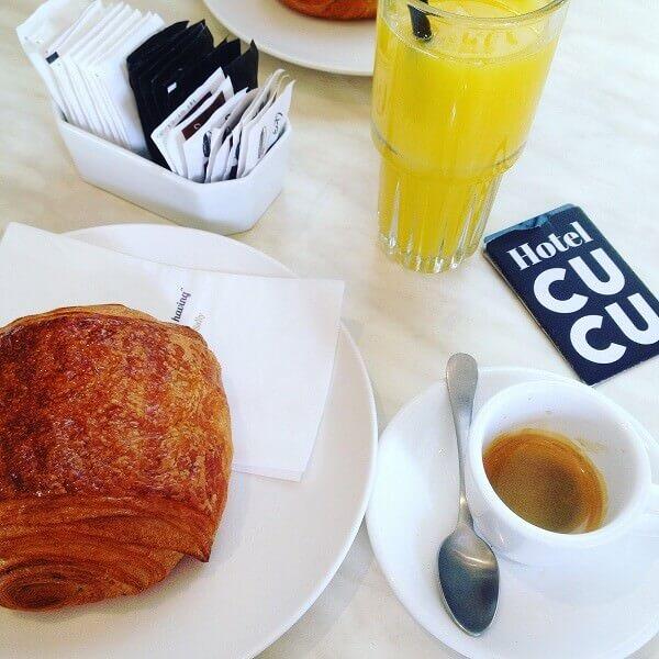 il caffè del CUCU Hotel a Tel Aviv