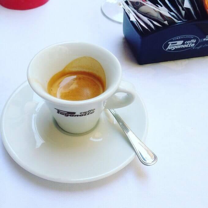 il caffè dell'Osteria da Giannino a Mantova