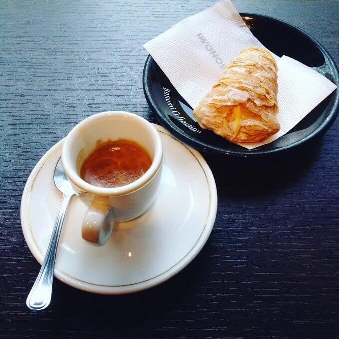 il caffè del Panificio Vietri a Milano