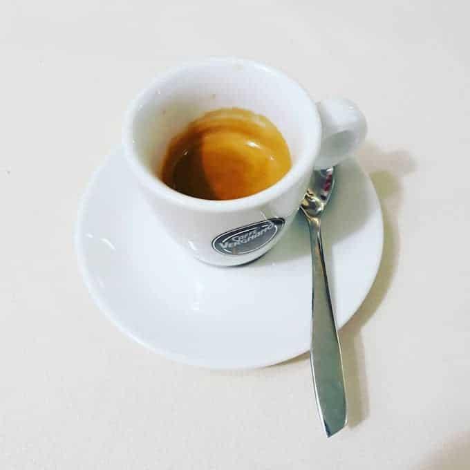 Il caffè della Pizzeria Dollaro a Monza