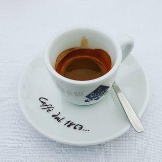Il caffè del ristorante La Rose des Vents a Monaco - Montecarlo