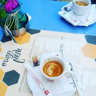 Il caffè di Stazei Meli a Nafplion (Nauplia), in Grecia