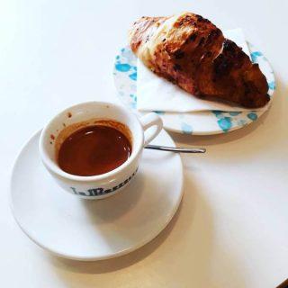 Il caffè di The Mill a Lisbona