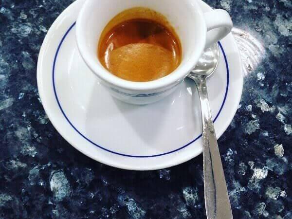caffè del Bar Atlantic a Milano