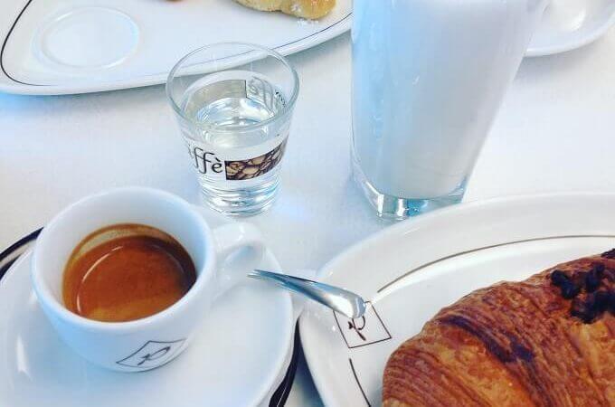 il caffè della pasticceria Caffè Pastori 5.12 a Castiglione Olona