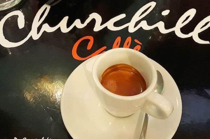 Il caffè del bar Churchill Caffè a Milano