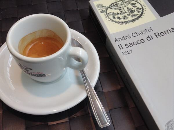 il caffè di De Santis al centro commerciale di Carugate