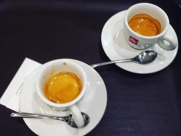 il caffè di Espressamente Illy a Parigi