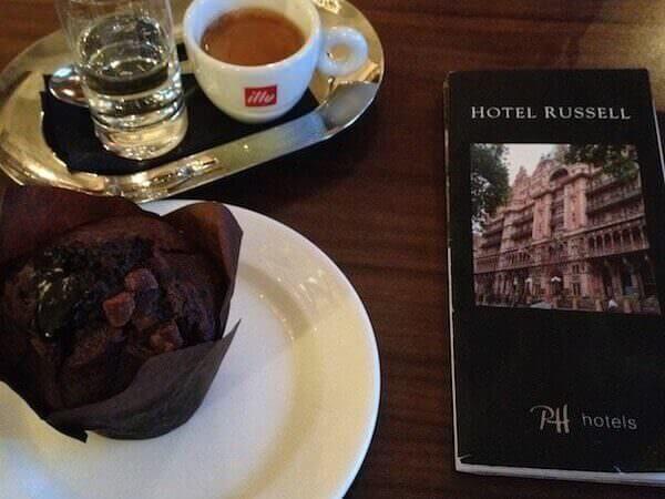 caffè bevuto all'Hotel Russell di Londra