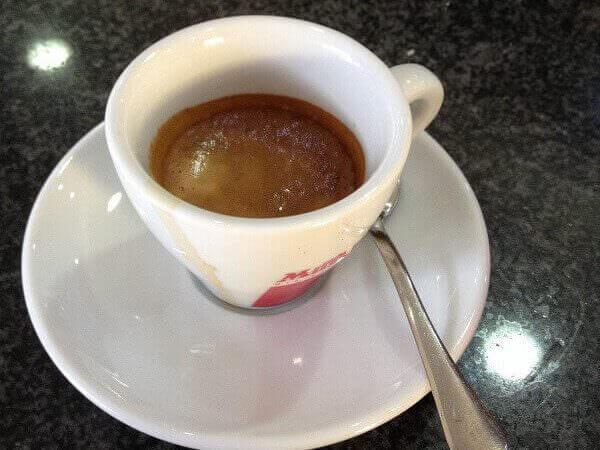 caffè bevuto al New Bar di Milano