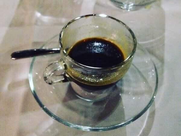il caffè dell'Osteria del Batti Batti a Milano