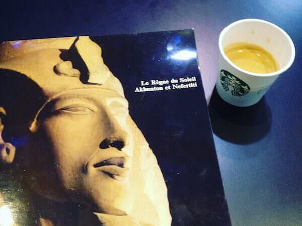 il caffè di Starbucks all'aeroporto di Bruxelles
